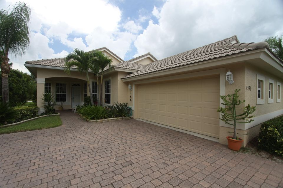 4590 NW Indian Oak Court, Jensen Beach, FL 34957