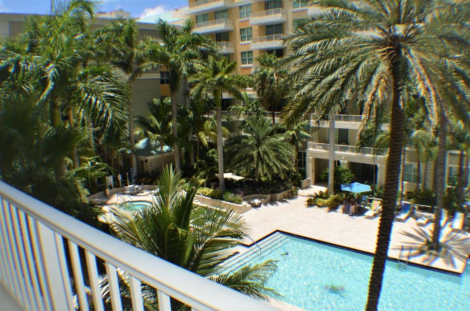 625 Casa Loma Boulevard 403, Boynton Beach, FL 33435