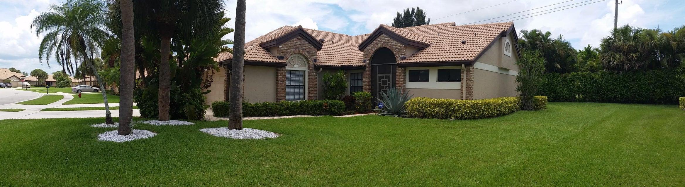 Villa por un Alquiler en 7399 Le Chalet Boulevard 7399 Le Chalet Boulevard Boynton Beach, Florida 33472 Estados Unidos