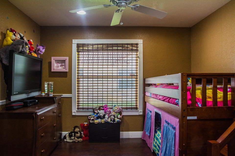 Additional photo for property listing at 7261 Brickyard Circle  Lake Worth, Florida 33467 United States