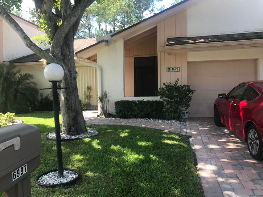 Villa for Sale at 6997 Quince Lane 6997 Quince Lane Lake Worth, Florida 33467 United States
