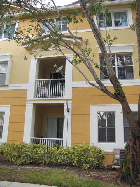 Co-op / Condo for Sale at 2034 Shoma Drive Royal Palm Beach, Florida 33414 United States