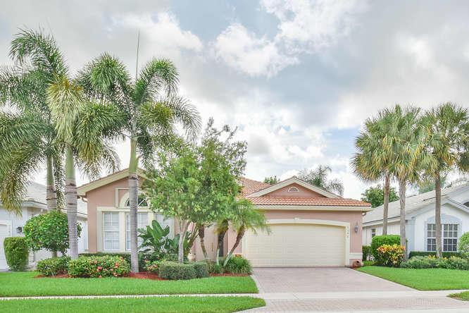 VALENCIA SHORES home 7546 Pebble Shores Terrace Lake Worth FL 33467