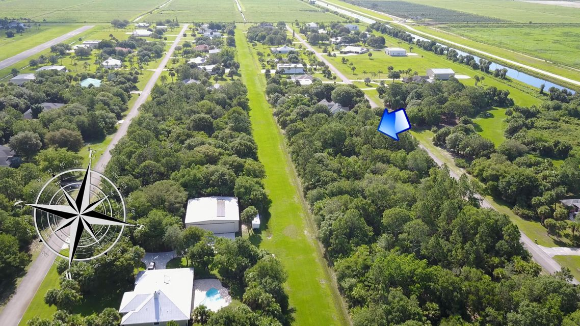 Additional photo for property listing at Tranquility Base Lane  Port St. Lucie, Florida 34987 United States