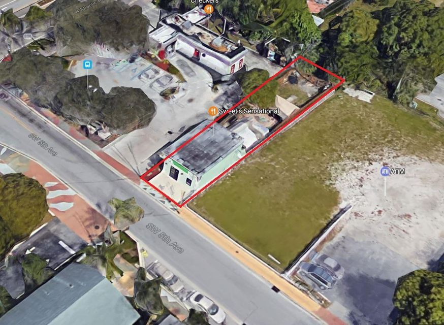 Additional photo for property listing at 25 SW 5th Avenue  Delray Beach, Florida 33444 United States