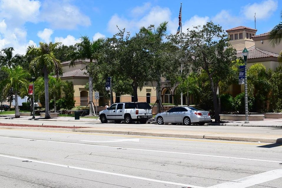 Additional photo for property listing at 25 SW 5th Avenue 25 SW 5th Avenue Delray Beach, Florida 33444 United States