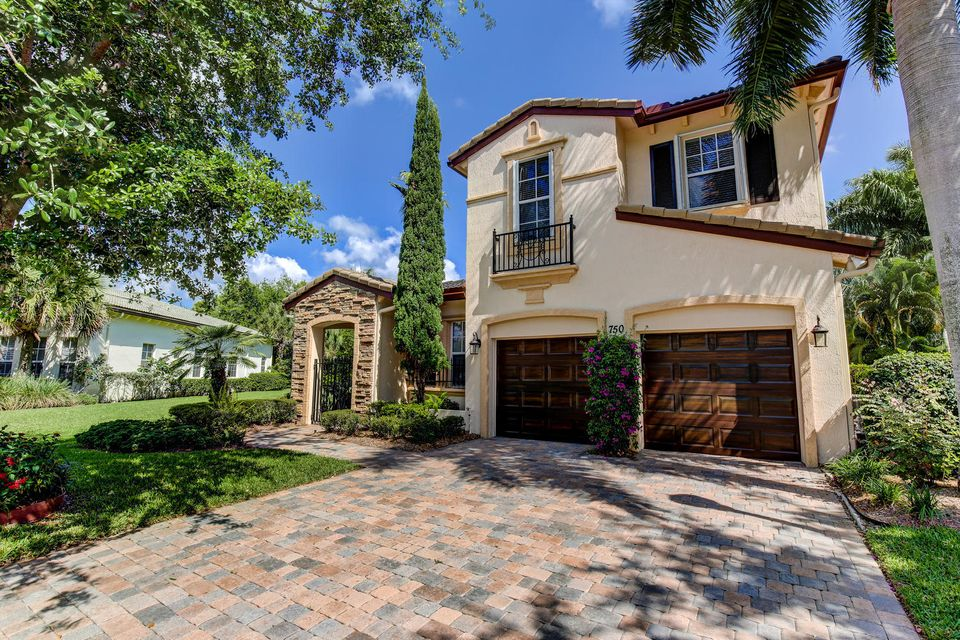 750 Bocce Court, Palm Beach Gardens, FL 33410