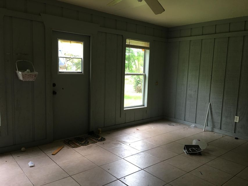 Additional photo for property listing at 5048 SE Isabelita Avenue  Stuart, Florida 34997 United States