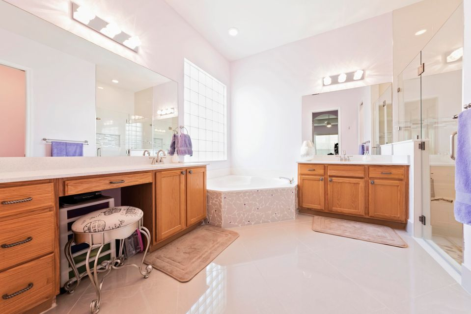 8634 san andros west palm beach fl 33411 rx 10349217 in for Andros kitchen bath designs