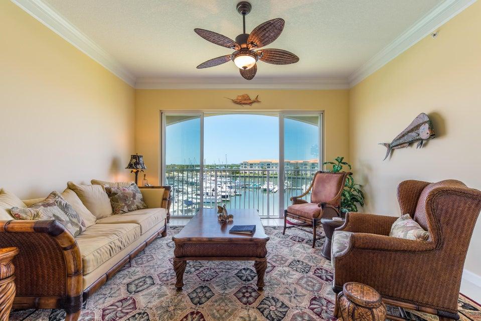 14 Harbour Isle Drive W Ph05, Hutchinson Island, FL 34949