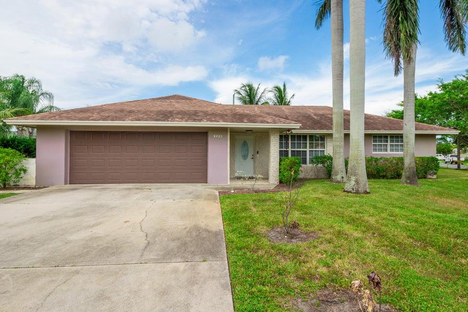 2580 SW 10th Circle, Boynton Beach, FL 33426