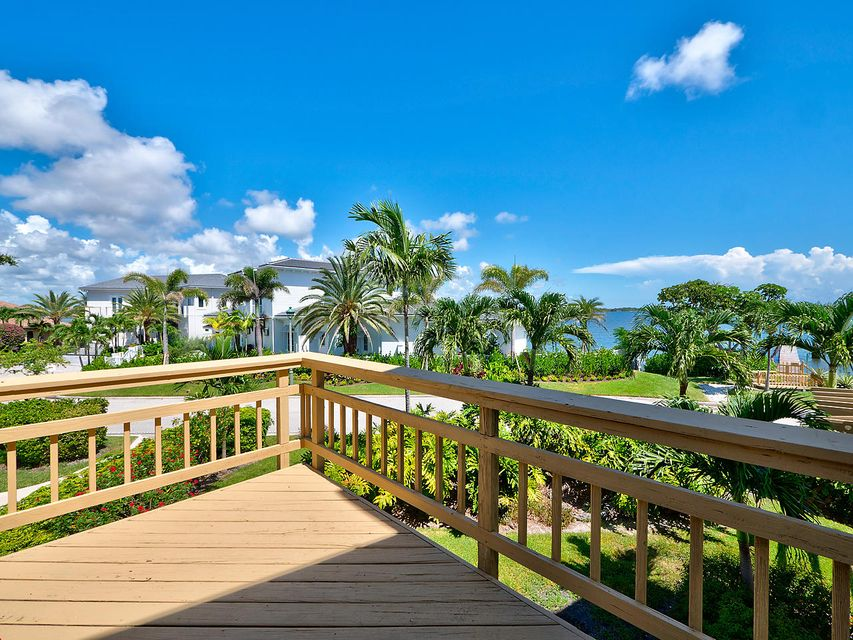 Additional photo for property listing at 1031 Pine Point Road 1031 Pine Point Road Singer Island, Florida 33404 États-Unis