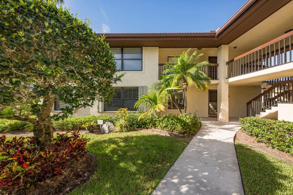 671 SW South River Drive 107, Stuart, FL 34997