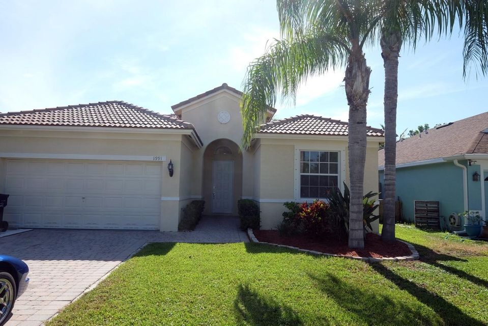 1991 NW Marsh Rabbit Lane, Jensen Beach, FL 34957