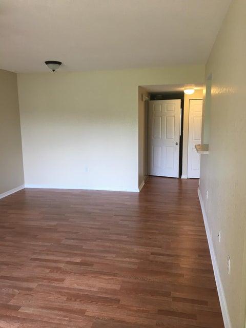 Additional photo for property listing at 1133 Golden Lakes Boulevard  西棕榈滩, 佛罗里达州 33411 美国