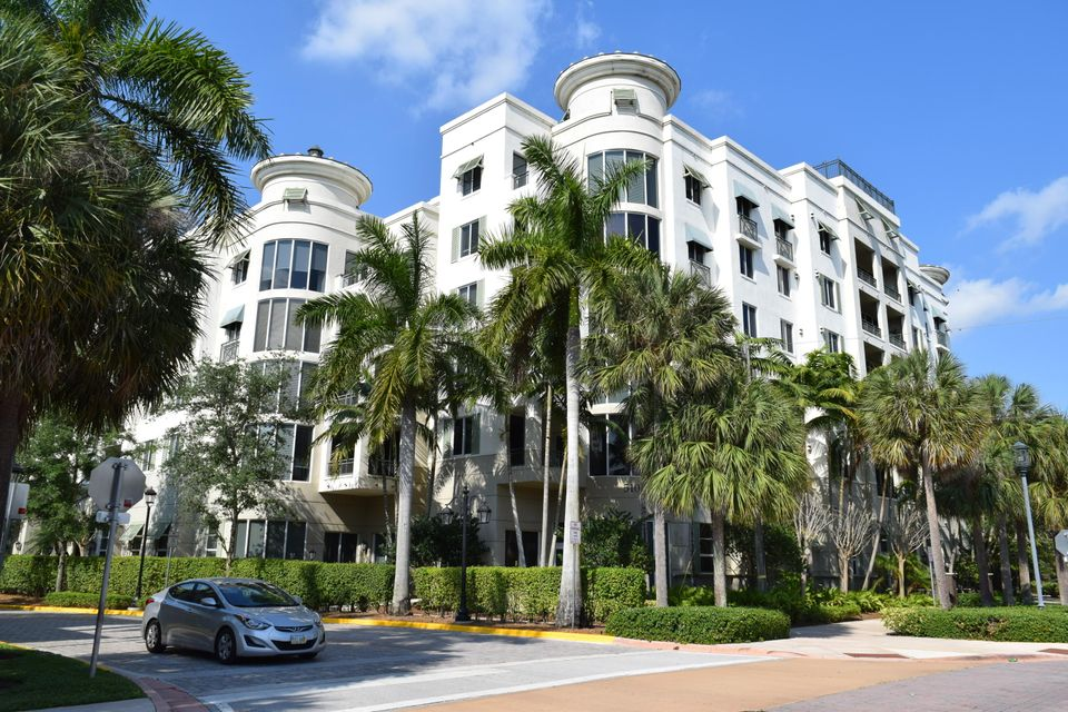 Co-op / Condominio por un Venta en 510 NW 84th Avenue 510 NW 84th Avenue Plantation, Florida 33324 Estados Unidos