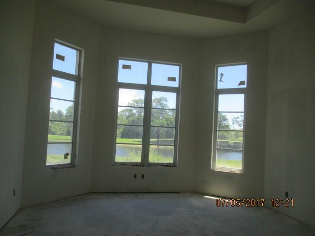 Additional photo for property listing at 138 SE Rio Angelica 138 SE Rio Angelica Port St. Lucie, Florida 34984 Estados Unidos