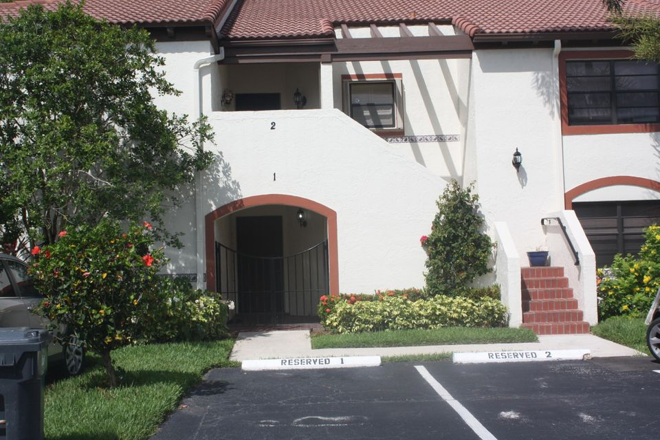 Co-op / Condominio por un Venta en Sag Harbor Court Sag Harbor Court Wellington, Florida 33414 Estados Unidos
