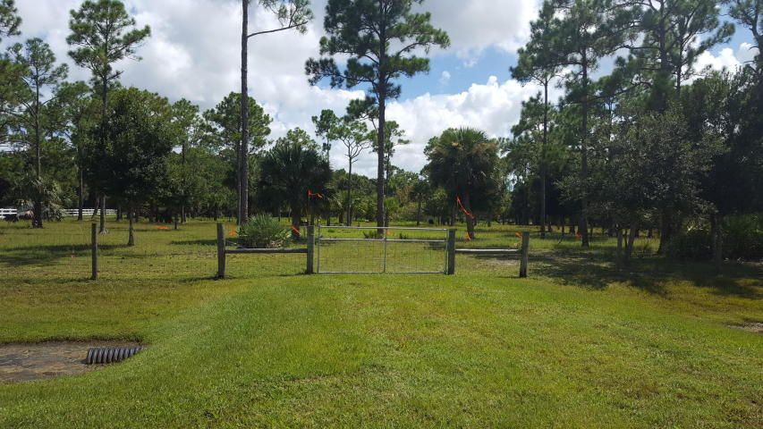 Additional photo for property listing at Unassigned SW 52nd Terrace Unassigned SW 52nd Terrace Palm City, Florida 34990 United States