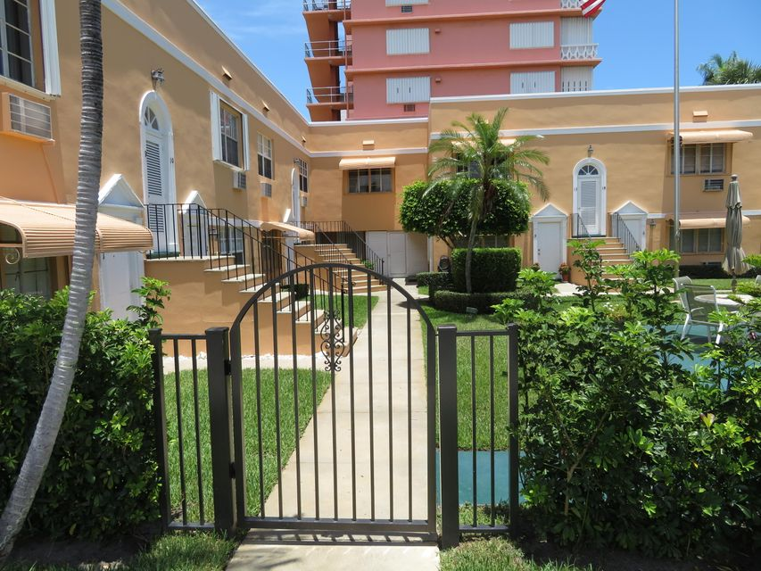 Co-op / Condo for Sale at 31 S Golfview Road 31 S Golfview Road Lake Worth, Florida 33460 United States
