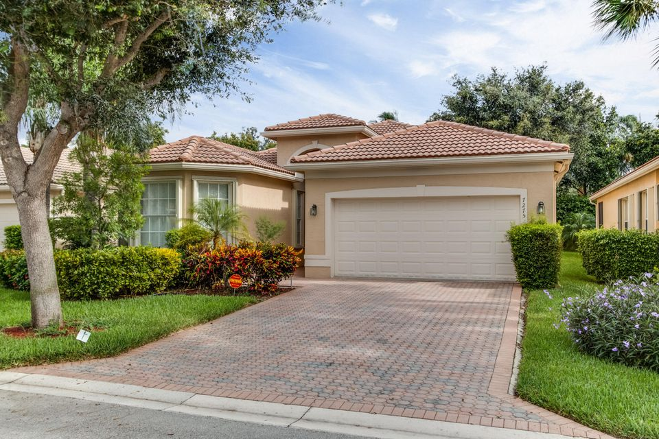 7275 Maple Ridge Trail, Boynton Beach, FL 33437