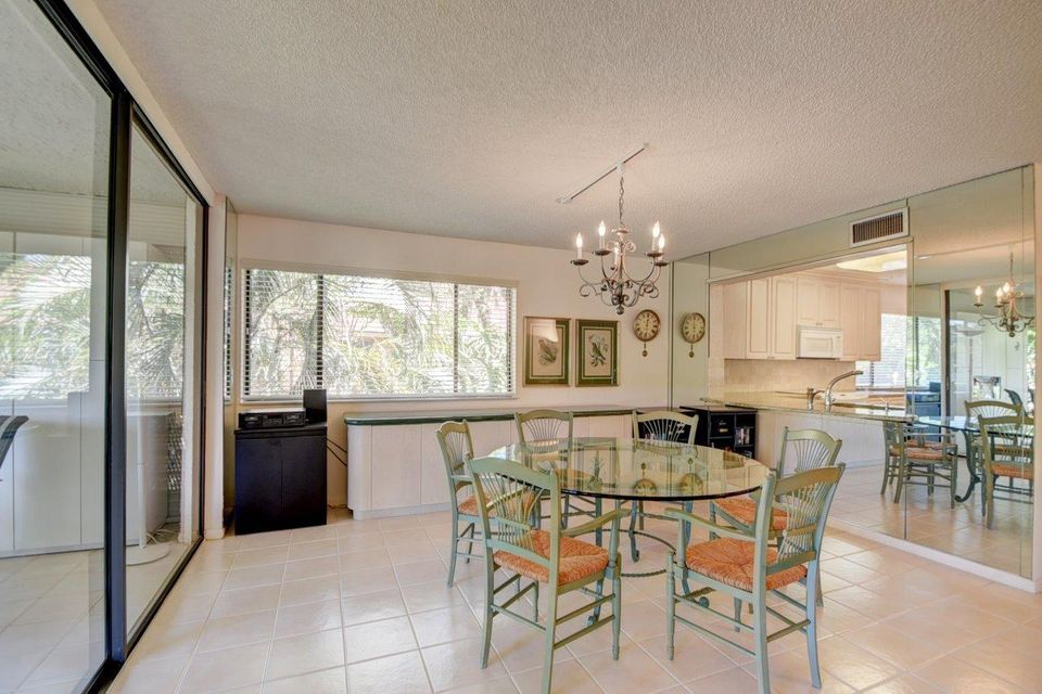 Additional photo for property listing at 11196 Green Lake Drive  Boynton Beach, Florida 33437 United States