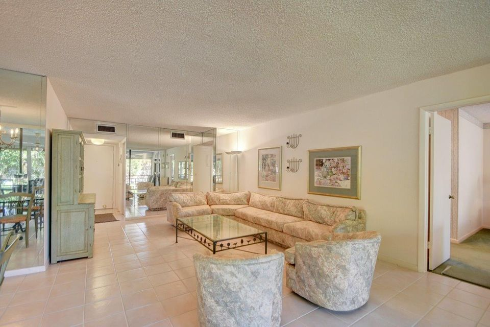 Additional photo for property listing at 11196 Green Lake Drive 11196 Green Lake Drive Boynton Beach, Florida 33437 Estados Unidos