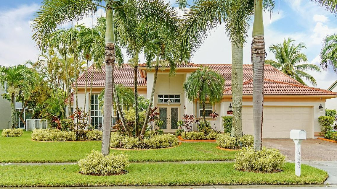 19440 NW 10th Street, Pembroke Pines, FL 33029