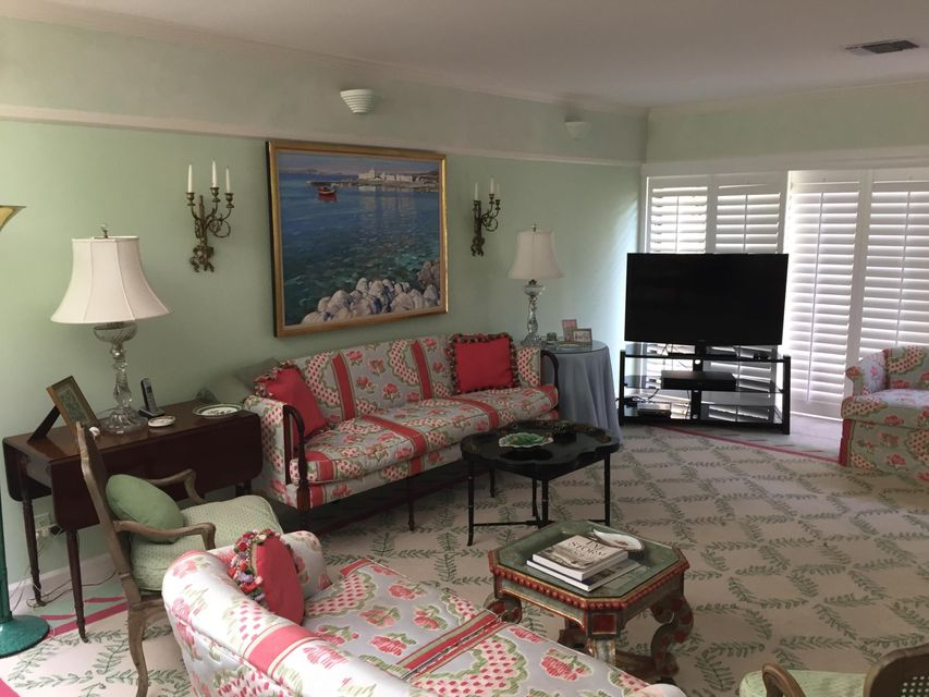 Additional photo for property listing at 5588 N Ocean Boulevard  Ocean Ridge, Florida 33435 United States