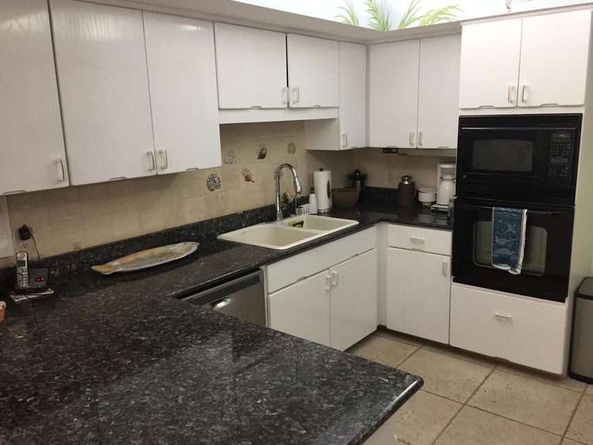 Additional photo for property listing at 5588 N Ocean Boulevard 5588 N Ocean Boulevard Ocean Ridge, Florida 33435 Estados Unidos