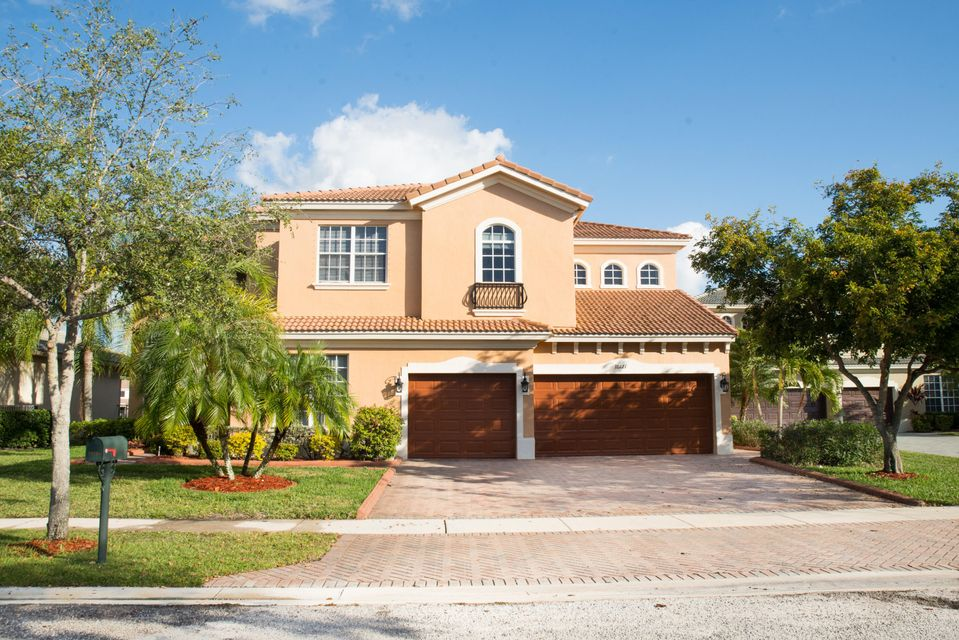 10121 Oak Meadow Lane, Lake Worth, FL 33449