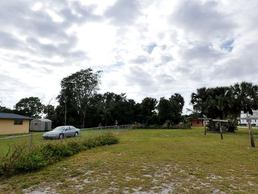 Additional photo for property listing at Tbd Avenue H Tbd Avenue H Fort Pierce, Florida 34950 Vereinigte Staaten