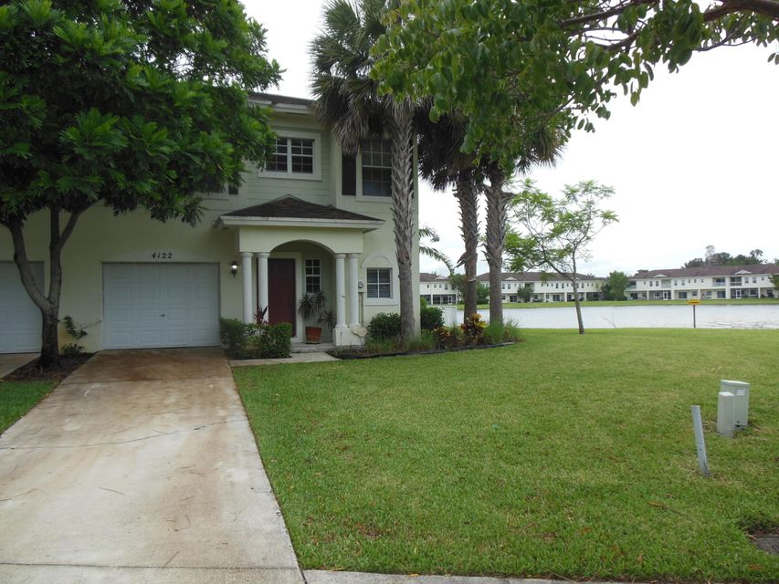 Townhouse for Sale at 4122 Emerald Vista 4122 Emerald Vista Lake Worth, Florida 33461 United States