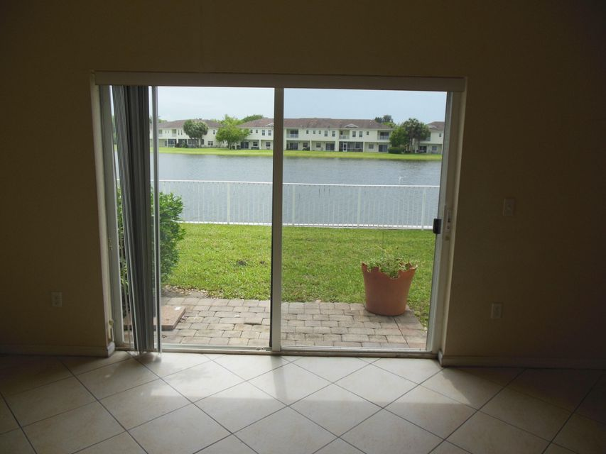 Additional photo for property listing at 4122 Emerald Vista 4122 Emerald Vista Lake Worth, Florida 33461 United States
