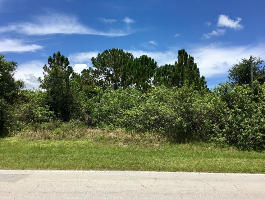 Additional photo for property listing at 4067 SW Port St Lucie Boulevard  Port St. Lucie, Florida 34953 Estados Unidos