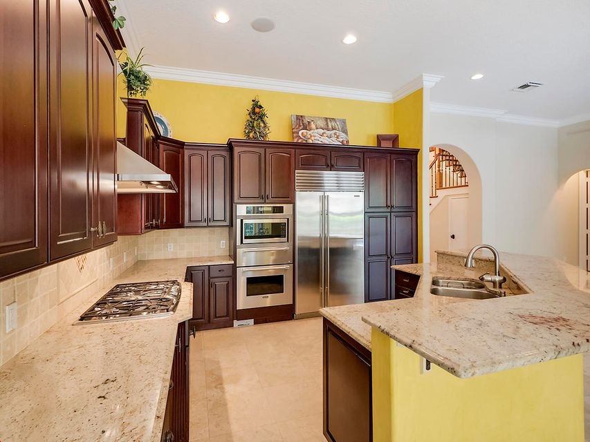Additional photo for property listing at 475 Pine Tree Court  Atlantis, Florida 33462 Vereinigte Staaten