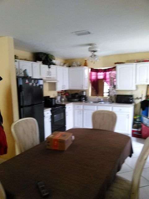 Additional photo for property listing at 630 SW 7th Street  Belle Glade, Florida 33430 United States