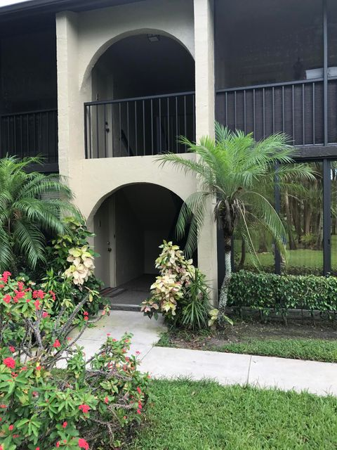 Additional photo for property listing at 501 Shady Pine Way  Greenacres, Florida 33415 Estados Unidos