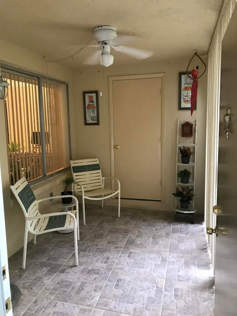 Additional photo for property listing at 501 Shady Pine Way 501 Shady Pine Way Greenacres, Florida 33415 Estados Unidos