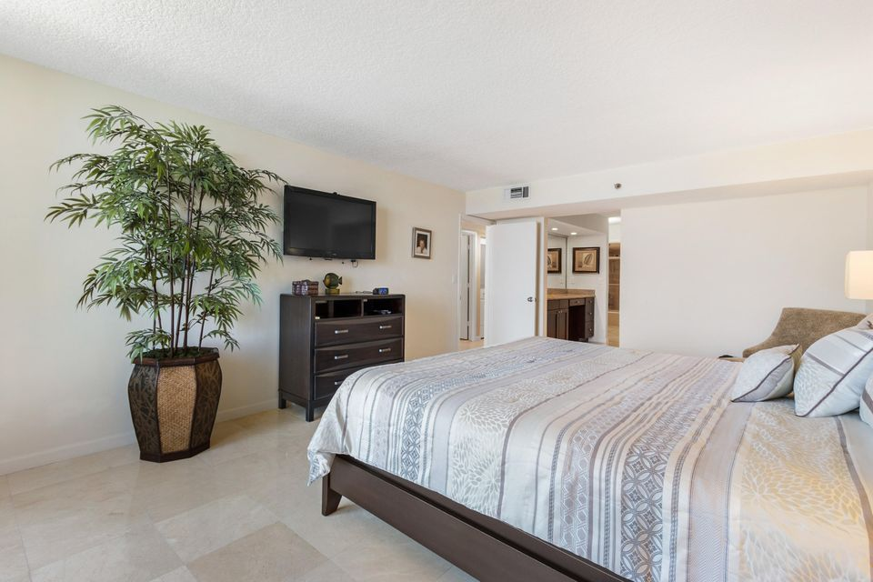 Additional photo for property listing at 3115 S Ocean Boulevard 3115 S Ocean Boulevard Highland Beach, Florida 33487 Estados Unidos