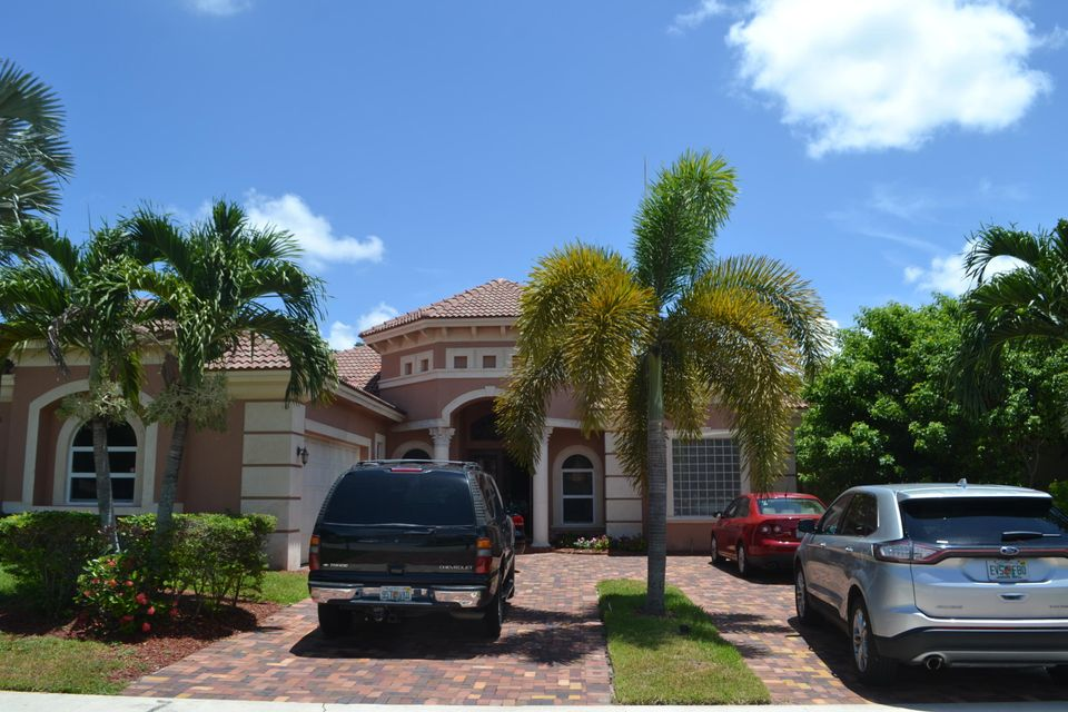Single Family Home for Sale at 10281 Crosswind Road 10281 Crosswind Road Boca Raton, Florida 33498 United States