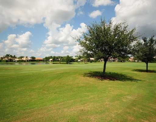 Additional photo for property listing at 8141 Sandpiper Way 8141 Sandpiper Way West Palm Beach, Florida 33412 États-Unis
