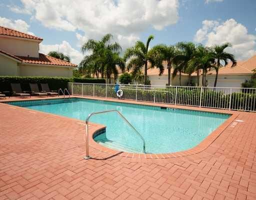 Additional photo for property listing at 8141 Sandpiper Way 8141 Sandpiper Way West Palm Beach, Florida 33412 Estados Unidos