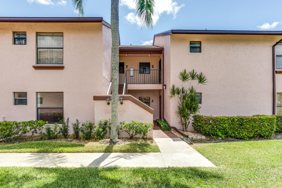 Additional photo for property listing at 8565 Boca Glades Boulevard W  Boca Raton, Florida 33434 États-Unis