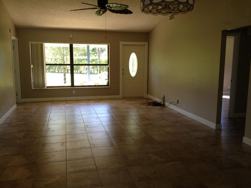 Additional photo for property listing at 13597 151st Lane N 13597 151st Lane N Jupiter, Florida 33478 Estados Unidos