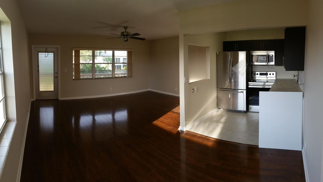 Additional photo for property listing at 209 Coventry I  West Palm Beach, Florida 33417 États-Unis