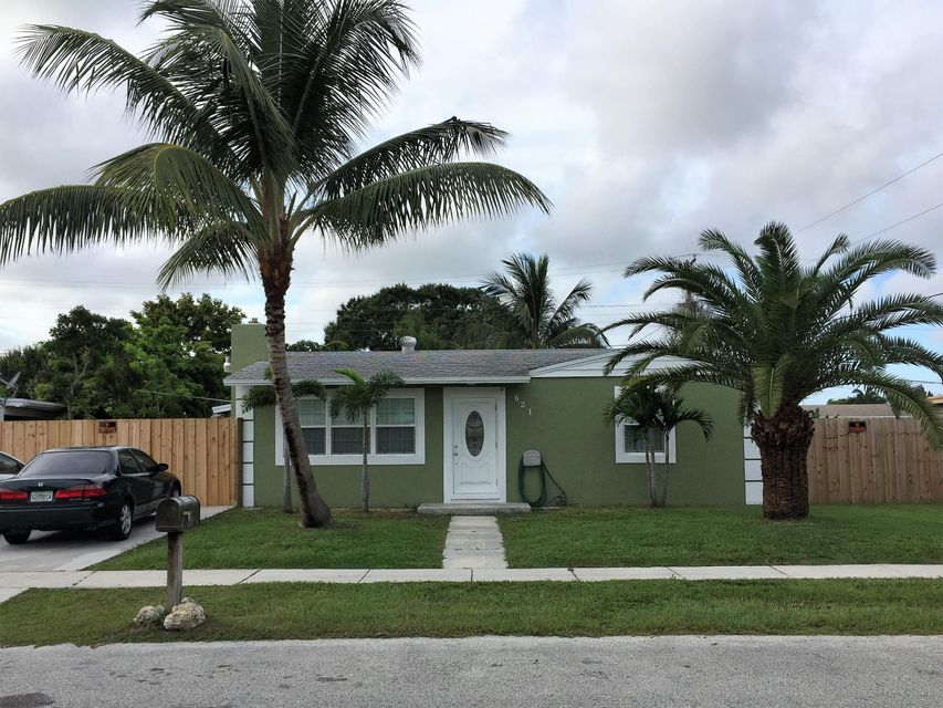 Maison unifamiliale pour l Vente à 621 Elm Road West Palm Beach, Florida 33409 États-Unis