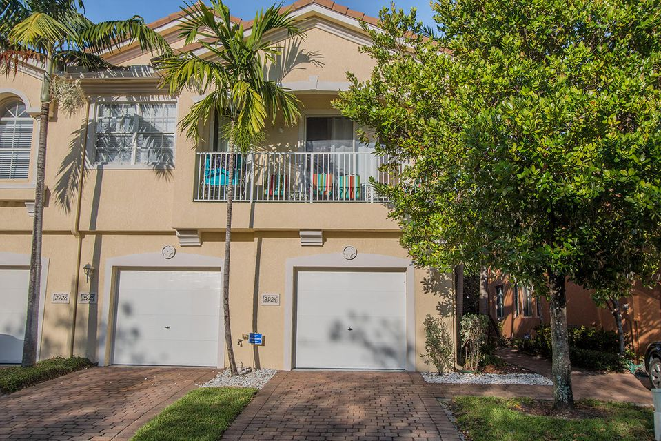 Additional photo for property listing at 2924 Carvelle Drive  West Palm Beach, Florida 33404 Vereinigte Staaten