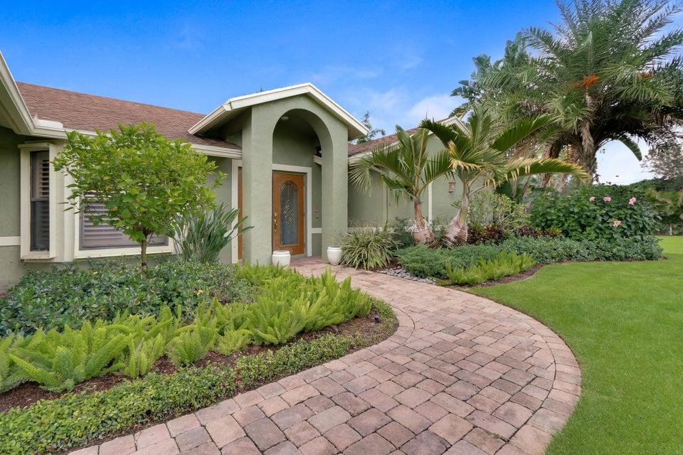 Casa para uma família para Venda às 17537 Orange Grove Boulevard Loxahatchee, Florida 33470 Estados Unidos