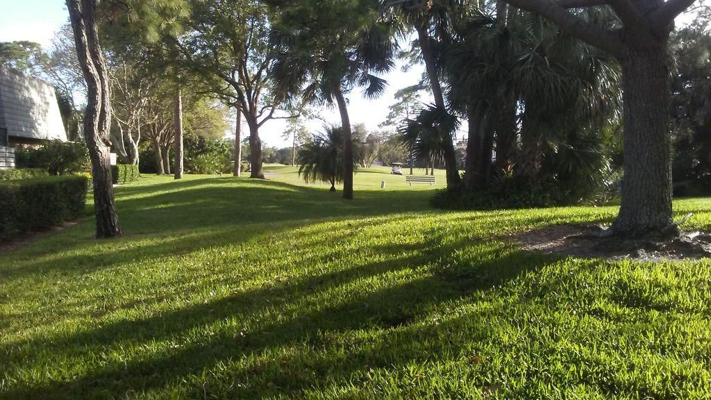Additional photo for property listing at 1613 16th Terrace  Palm Beach Gardens, Florida 33418 United States